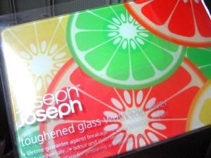 Toughened Glass Worktop Saver / Joseph Joseph